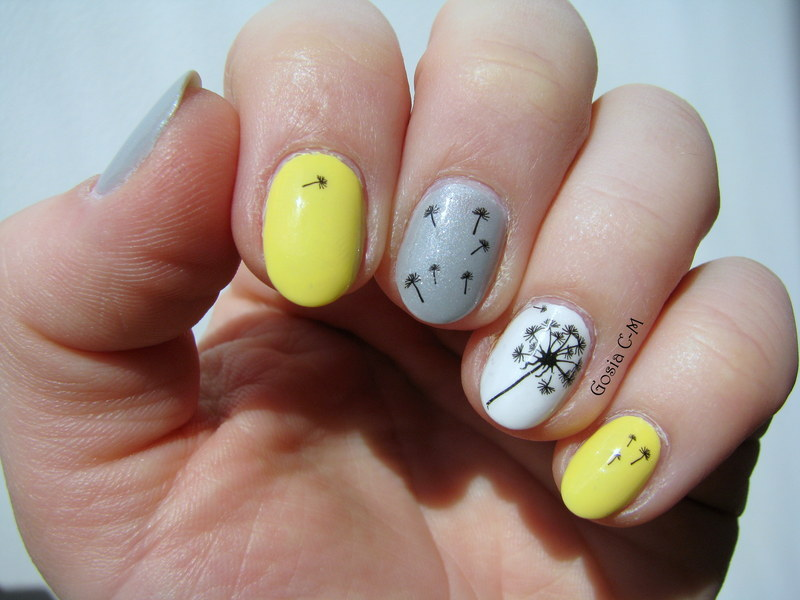 Dandelions nail art by Nail Crazinesss