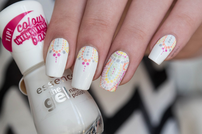Henna inspired Pastell Dotticure  nail art by Kathrin