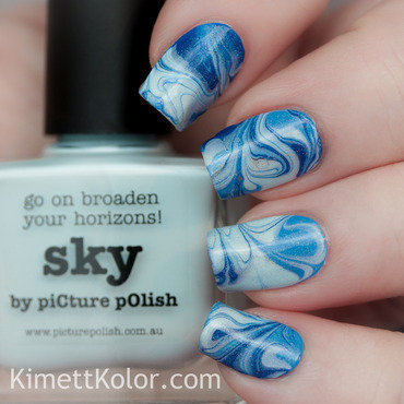 Blue Toned Marble nail art by Kimett Kolor