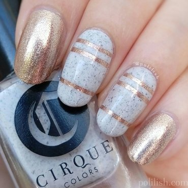 Gold stripes nail art by polilish
