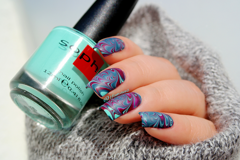 Marbling nail art by Arlett