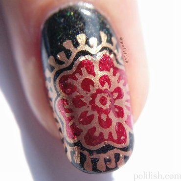 Floral accent nail macro (reverse stamping) nail art by polilish