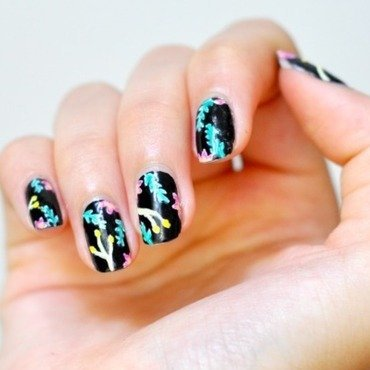 Messy Floral nail art by Lucy (the Nail Snail)