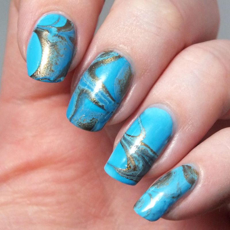 Turquoise nail art by Tribulons
