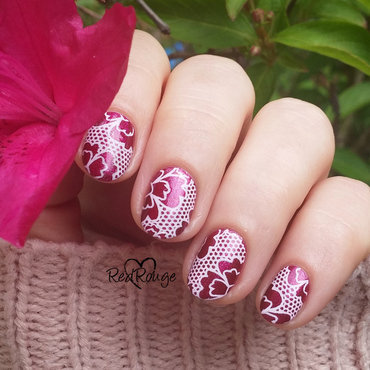 Red Flowers nail art by RedRouge