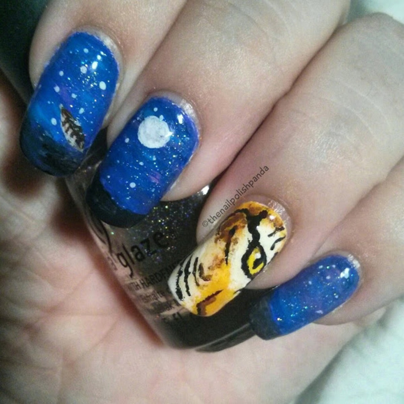 D20 Babes: Shriela nail art by Lynni V.