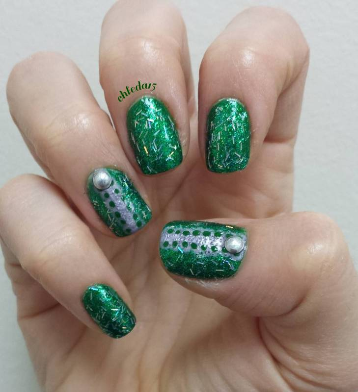 Lace & Sparkle nail art by chleda15