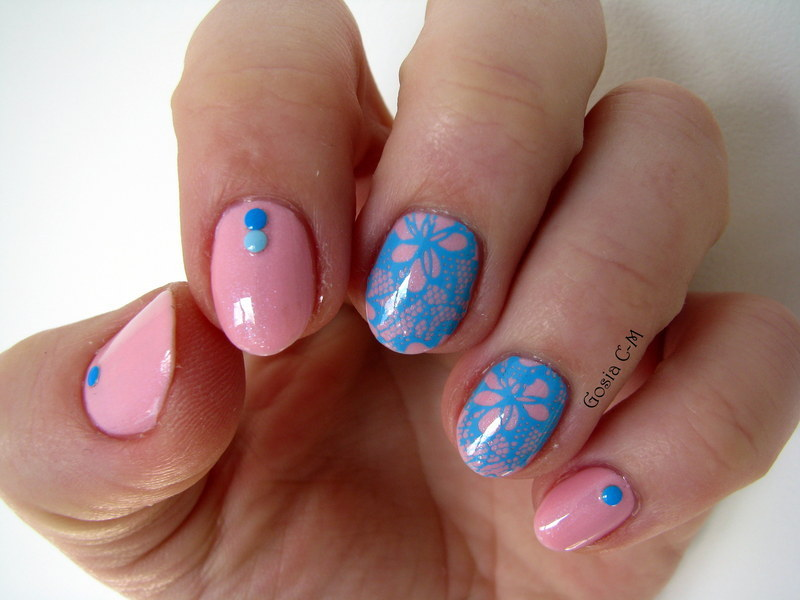 Blue lace nail art by Nail Crazinesss