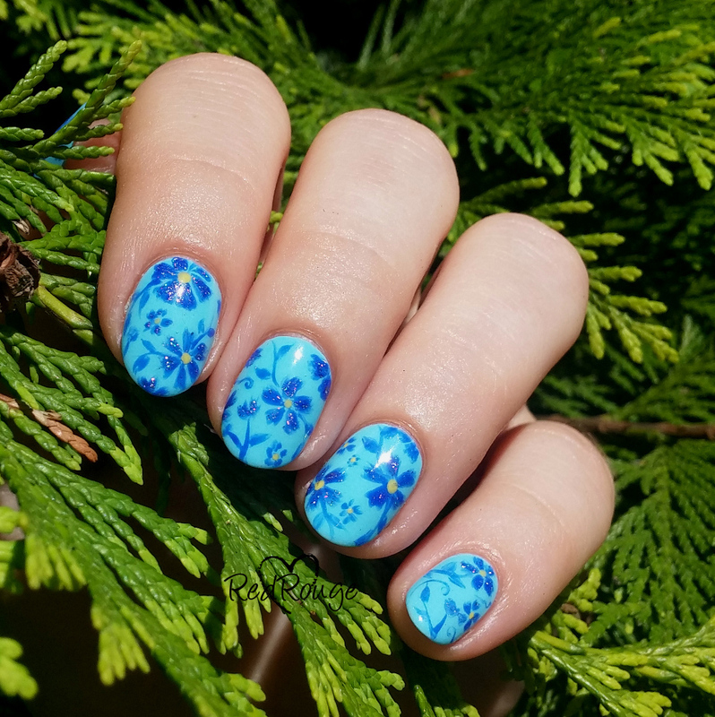 Blue abstract flowers nail art by RedRouge