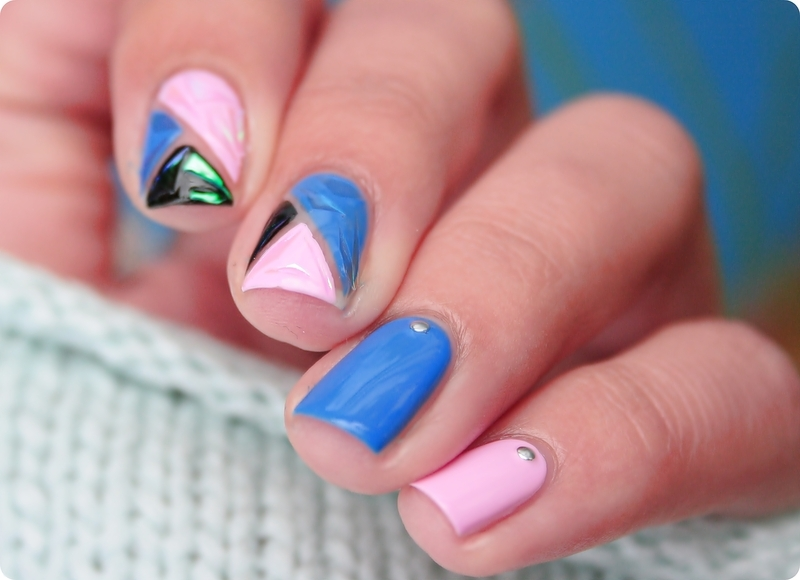 Glass paper nail art by Romana