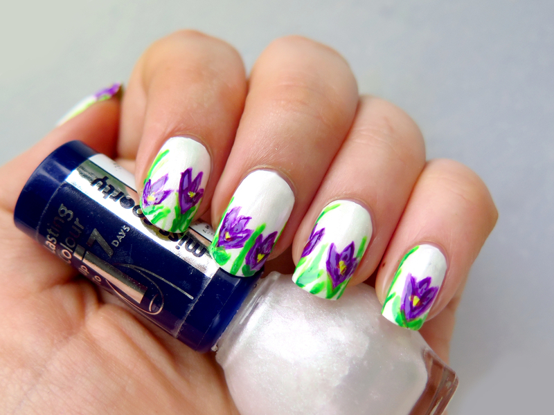 Crocus spring floral nail art by theCieniu