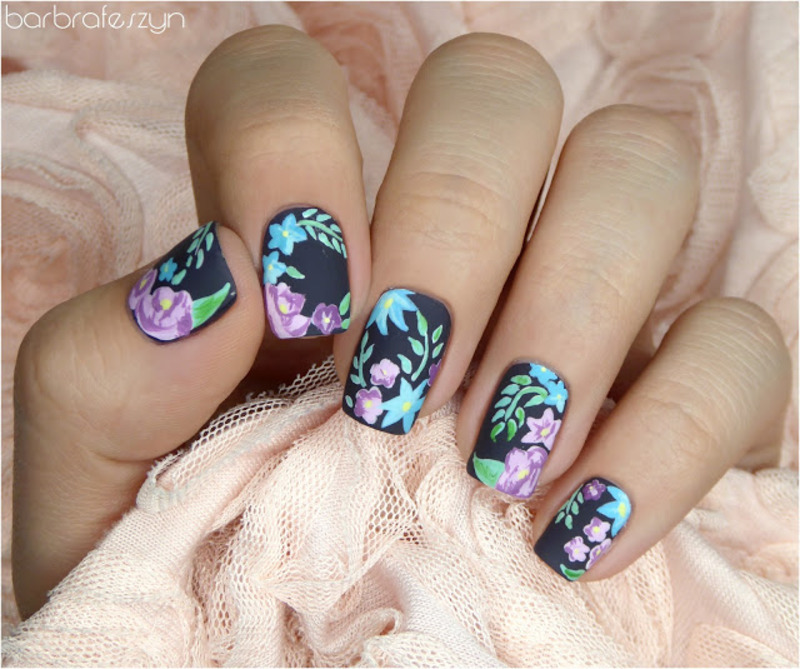 Freehand flowers nail art by barbrafeszyn