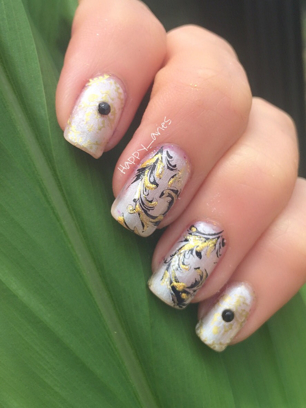 Gold and Black  nail art by Happy_aries