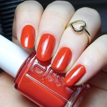 Essie Hip-anema Swatch by nailicious_1