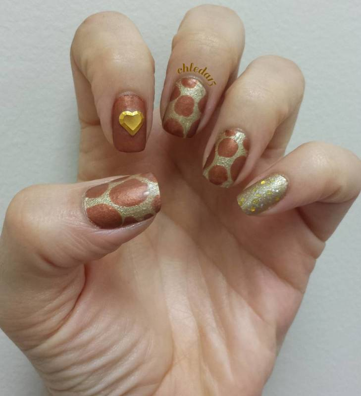 Blobby the Giraffe nail art by chleda15