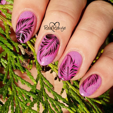 Double stamping feathers nail art by RedRouge