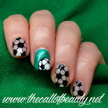 Euro 2016 - Football Manicure nail art by The Call of Beauty