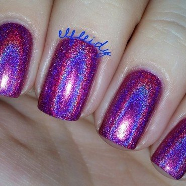 Dreamland Lacquer Dragonberry Swatch by Jenette Maitland-Tomblin