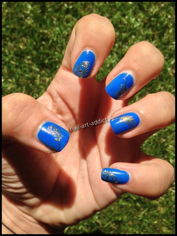 Nail Art : Stickers Plumes nail art by SowNails