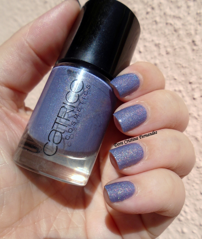 Catrice Dirty Berry Swatch by Dora Cristina Fernandes