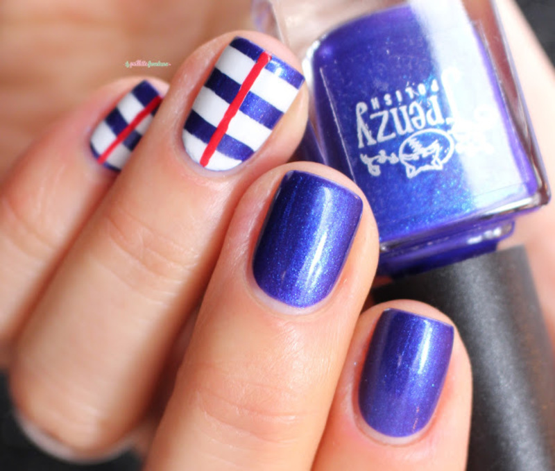Marine nail art by nathalie lapaillettefrondeuse
