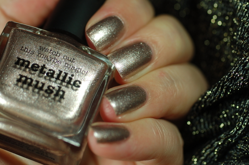 piCture pOlish metallic mush Swatch by Dorothy NailAssay