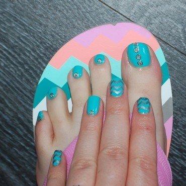 hand and feet association nail art by Dorothy NailAssay