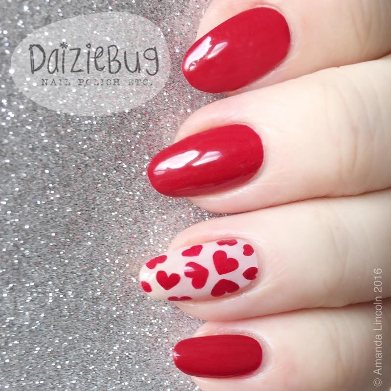 Valentine Short Nails nail art by Daiziebug_Nails