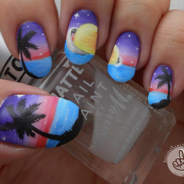 Freehand Tropical Planet nail art by Ithfifi Williams