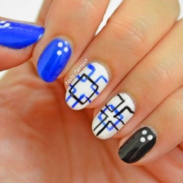 Squares nail art by NailsContext