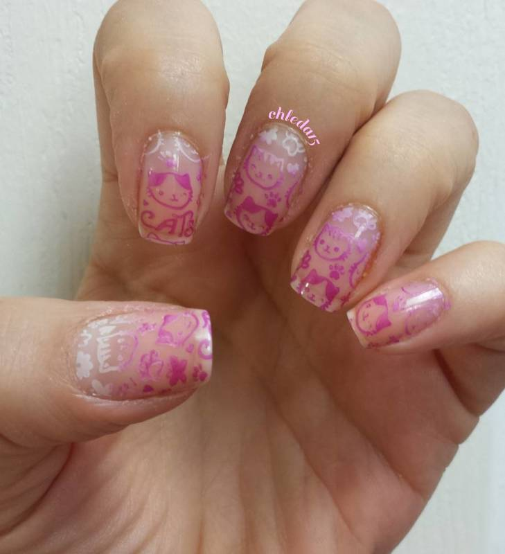 Strong Cat Gradient nail art by chleda15