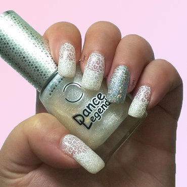 24 karat diamond nail art by Nanneri