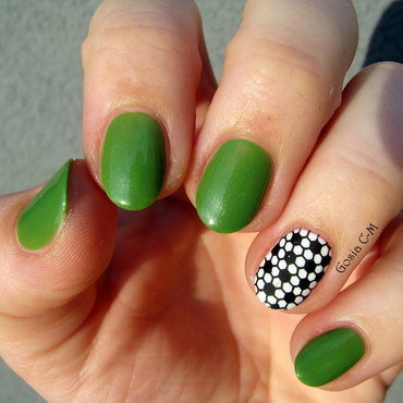 Football nail art by Nail Crazinesss