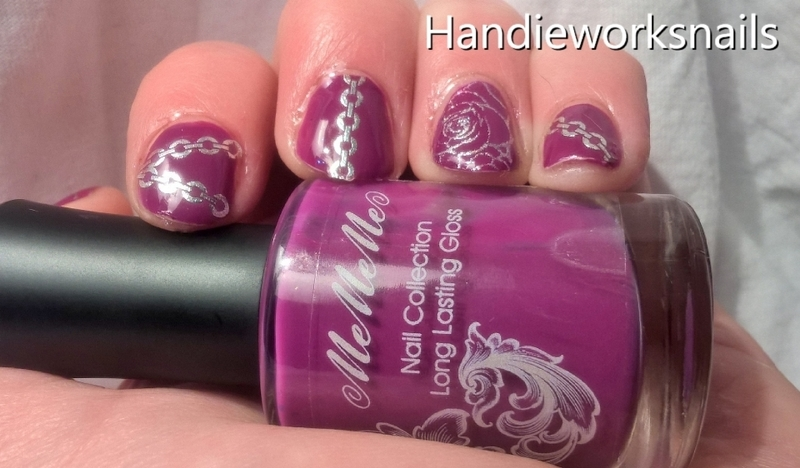 rose and chains nail art by Sazjay
