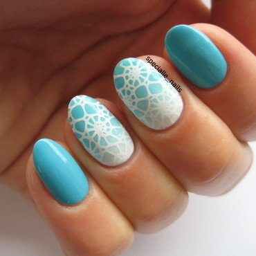 Seashell nail art by specialle