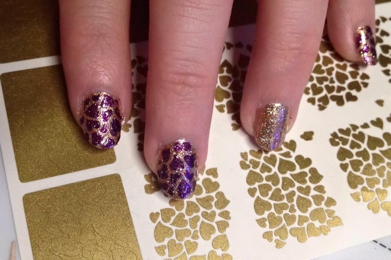 Loves  nail art by Crystal (Seriously Lacqueing)