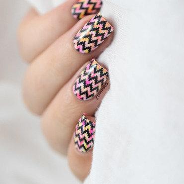 Neon dry brush chevrons nail art video tutorial 20 1  thumb370f
