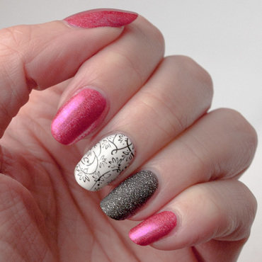 Another pink manicure nail art by What's on my nails today?