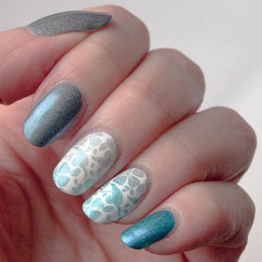Holographic skittlette nail art by What's on my nails today?