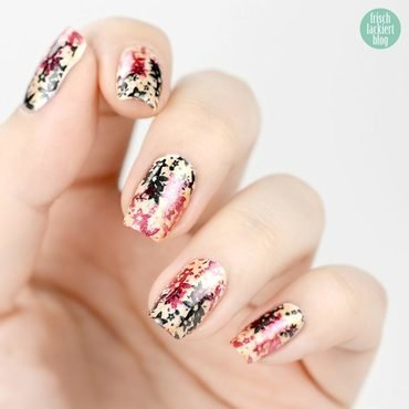 Germany – Go for Gold nail art by Steffi Frischlackiert