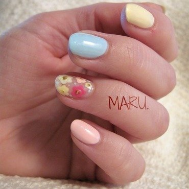 Pastel. nail art by Martina