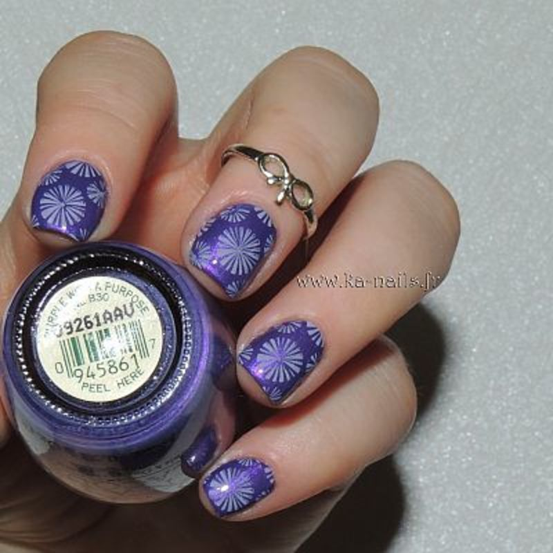 Explosion de Violet nail art by Ka'Nails