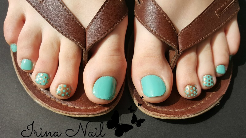 Pedicure mint nail art by Irina Nail
