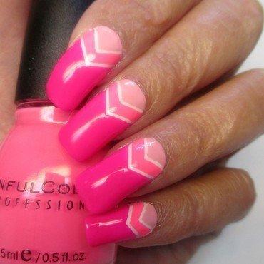 Pink Solar Chevron nail art by NinaB