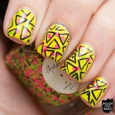 Love angeline wham neon glitter black geometric triangle nail art 3 thumb370f