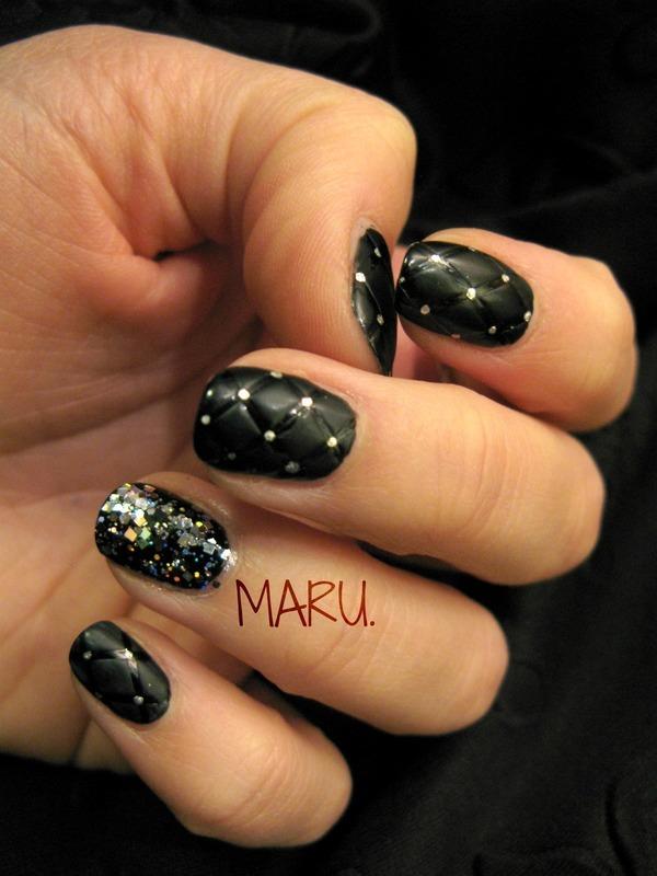 Matt Quilted nail art by Martina