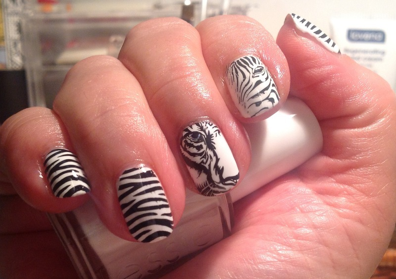 White tiger nail art by Ronit