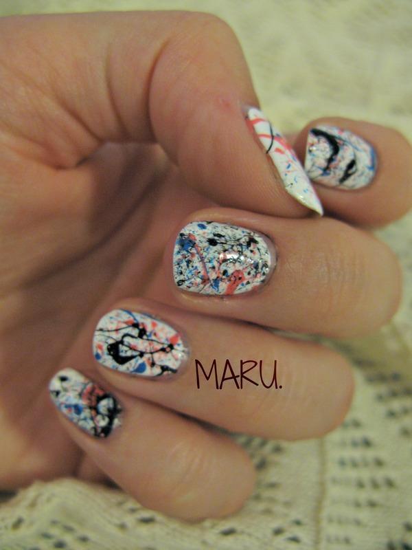 Abstract nail art by Martina