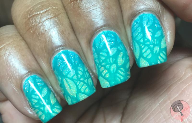 Green leaves nail art by Aaliyah