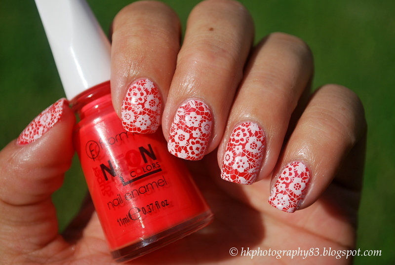 Flower Lace Nail Art nail art by Hana K.